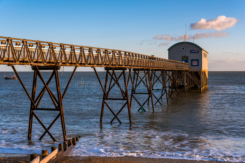 SELSEY, SUSSEX/UK - 1 JANUARI: Selsey Bill Lifeboat Station binnen stock afbeeldingen
