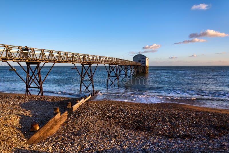 SELSEY, SUSSEX/UK - STYCZEŃ 1: Selsey Bill Lifeboat stacja wewnątrz zdjęcie royalty free