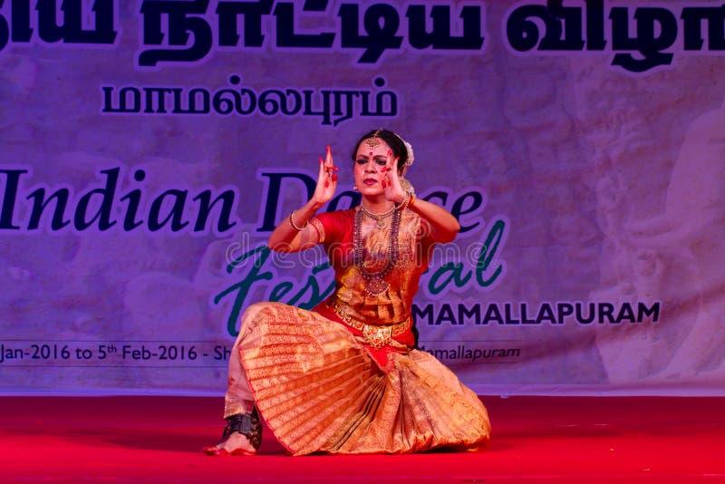 Selvi G Subbashini, Chennai, bailarín indio de la mujer fotos de archivo
