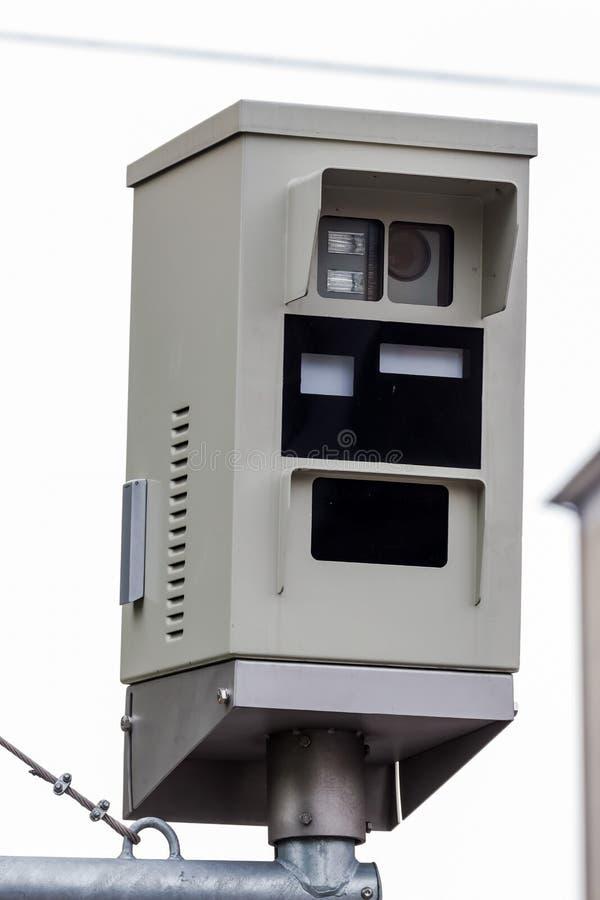 Semáforo con la cámara de la luz roja imagen de archivo libre de regalías