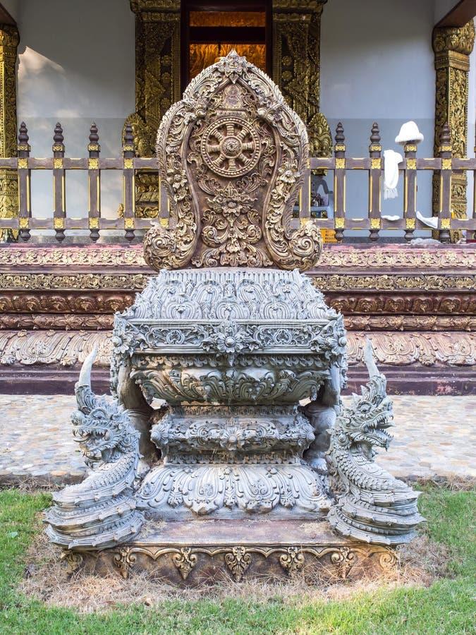 Sema är markören för område av strömförsörjningskyrkan i thailändsk tempel arkivbild
