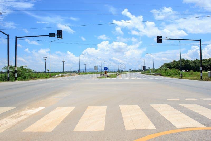 Semaforo sulla strada nessun bici ed automobile fotografie stock libere da diritti