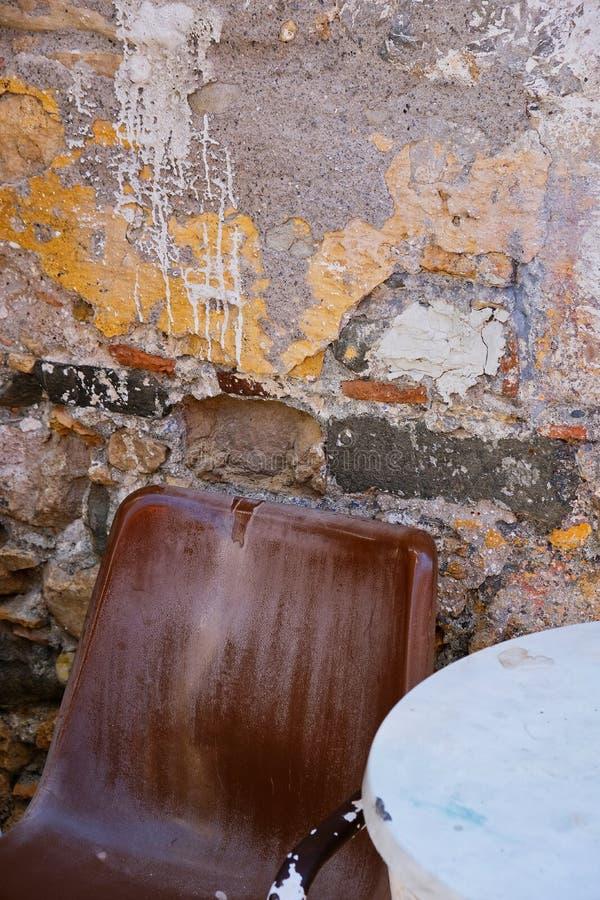 Semi Abstrakcjonistyczna stiuk ściana, Grecja obrazy royalty free