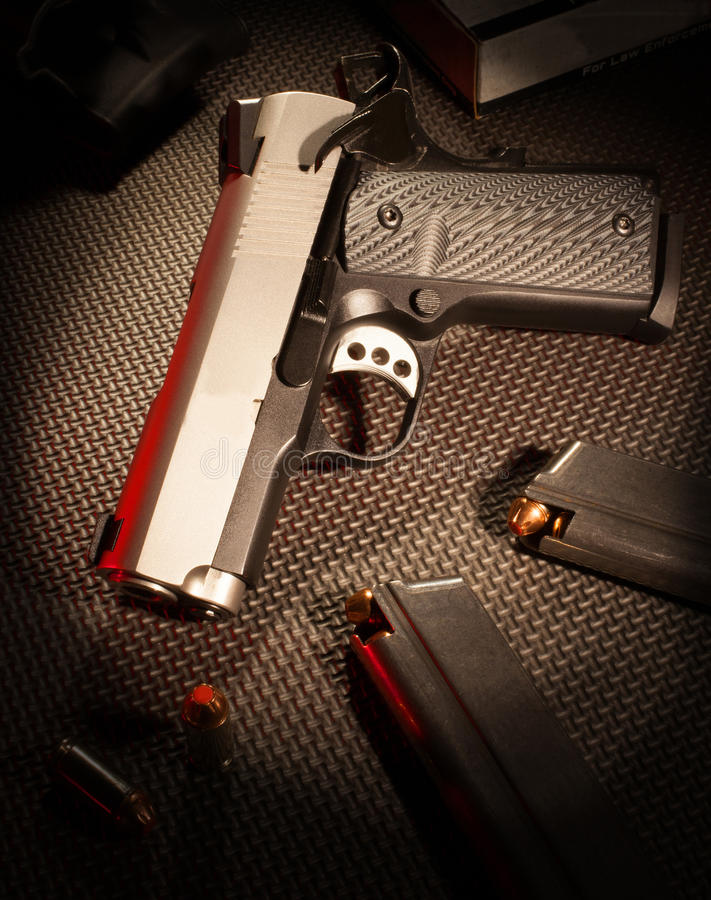 Semi automatyczny pistolecik fotografia royalty free