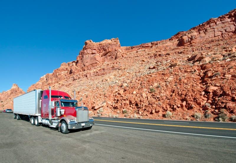Semi caminhão fotos de stock