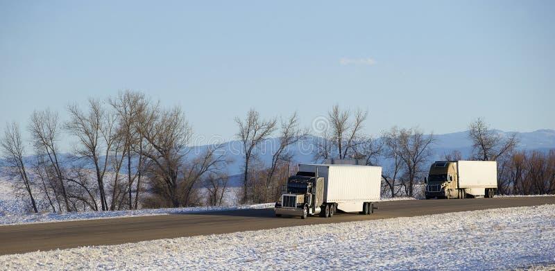 Semi ciężarówka z przyczepą obrazy royalty free