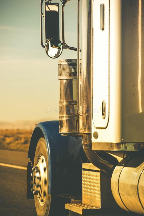 Semi tractor del camión fotografía de archivo