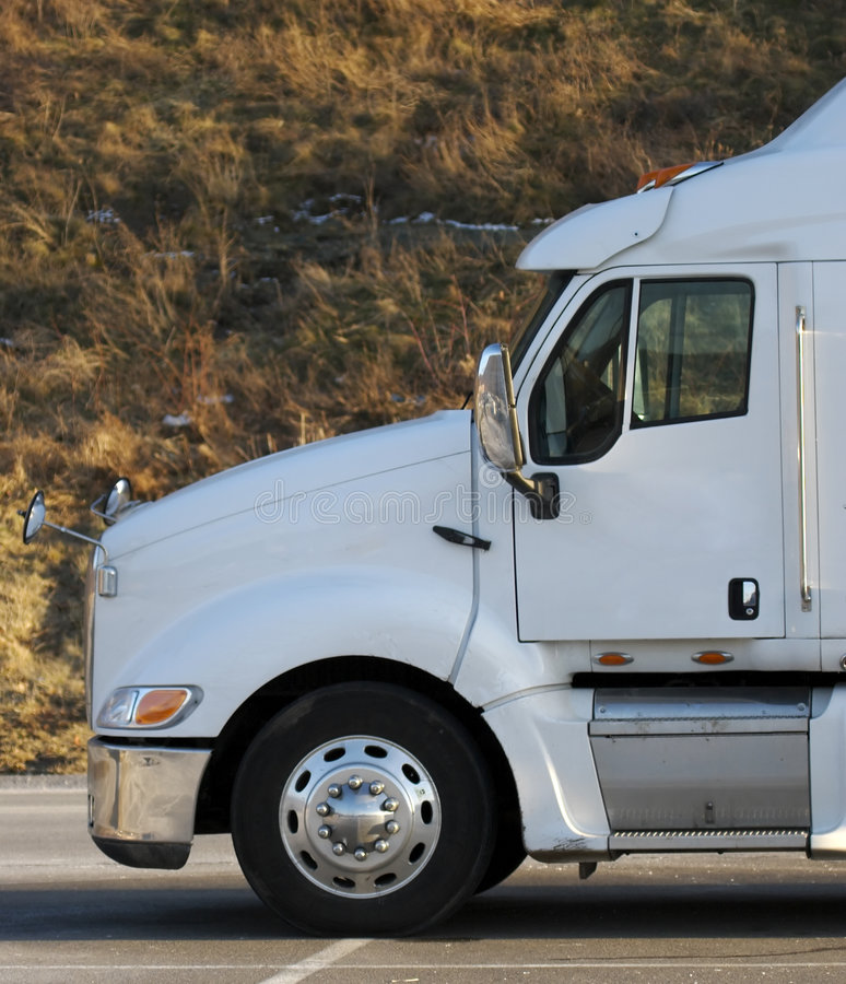 Download Semi Truck Cab Royalty Free Stock Images - Image: 600509