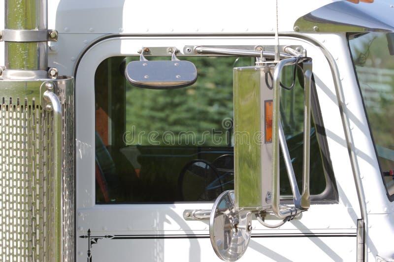 Semi Vrachtwagen stock fotografie