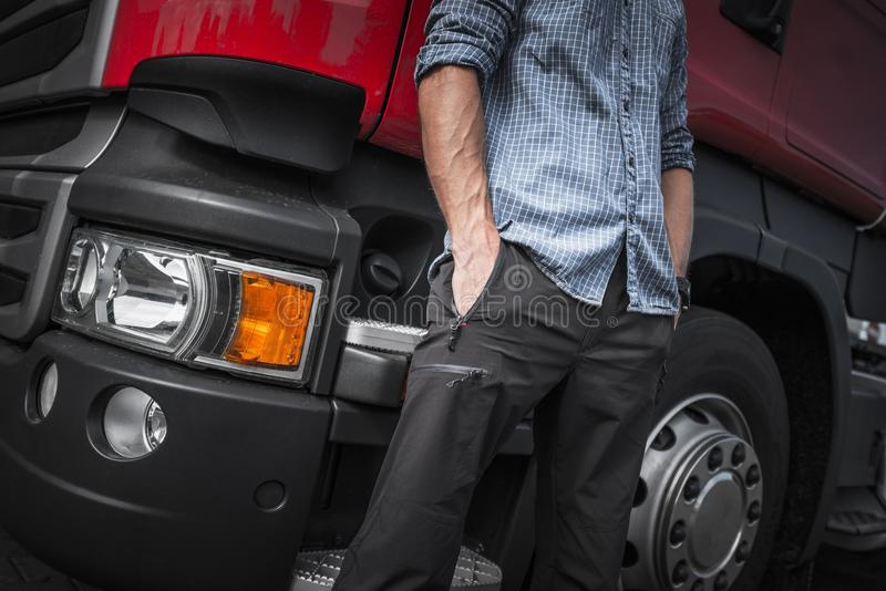 Semi Vrachtwagenchauffeur Job stock foto