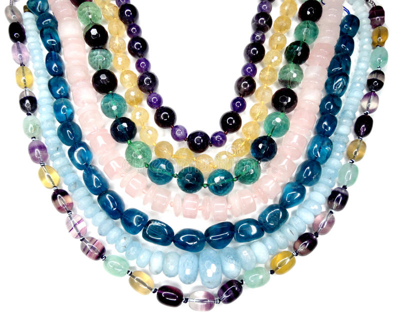 Semigem halsband med ljusa kristallsmycken arkivbilder