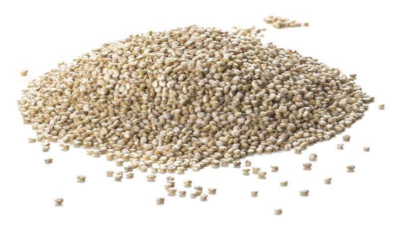 Semillas de la quinoa sobre el fondo blanco Estilo de Packshot imágenes de archivo libres de regalías
