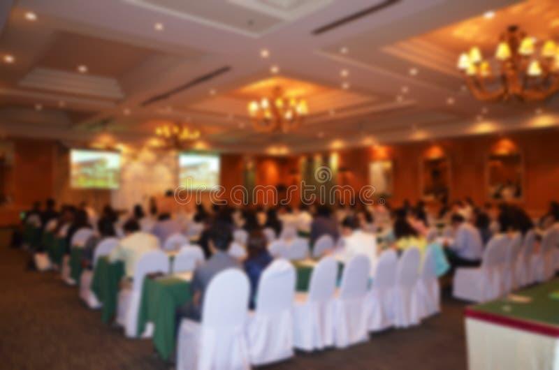 Seminarieruimte in hotel: Abstract onduidelijk beeld stock foto