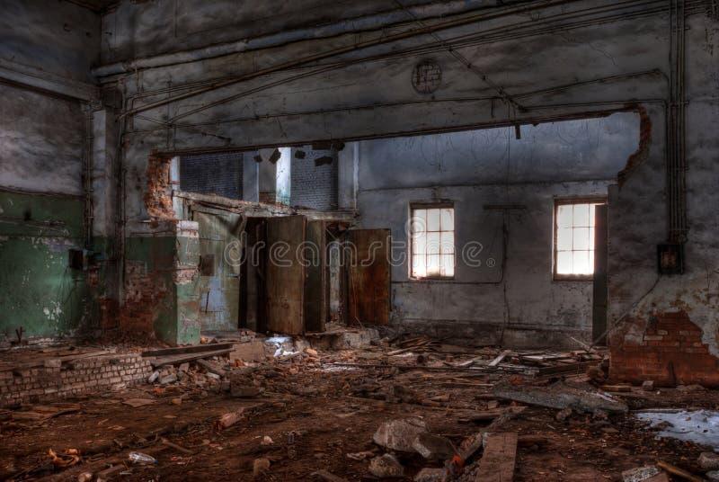 Seminarium av den övergav fabriken royaltyfria foton