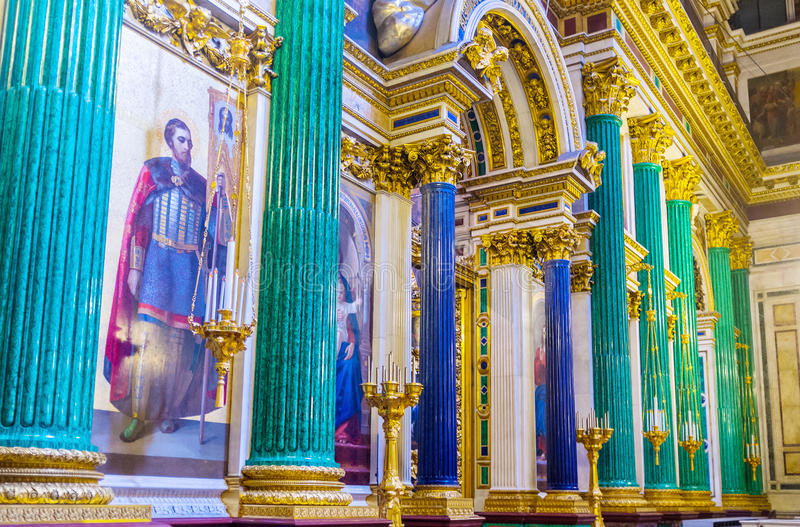 The semiprecious stone columns in St Isaac's Cathedral. SAINT PETERSBURG, RUSSIA - APRIL 25, 2015: The green malachite and blue lazurite columns decorate royalty free stock image