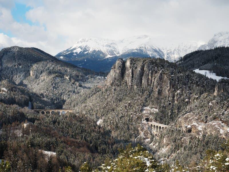 Semmring järnväg i Österrike i vinter royaltyfri bild
