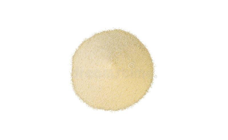 Semolina σωρός που απομονώνεται στο άσπρο υπόβαθρο διατροφή φυσικό συστατικό τροφίμων r στοκ φωτογραφίες
