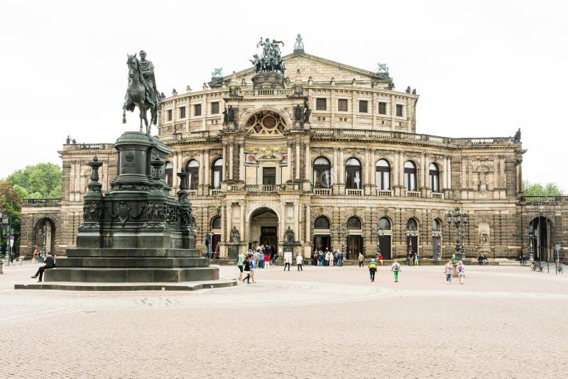 Semperoper in Dresden stock afbeelding