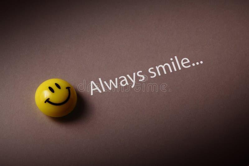 Sempre sorriso fotografia stock
