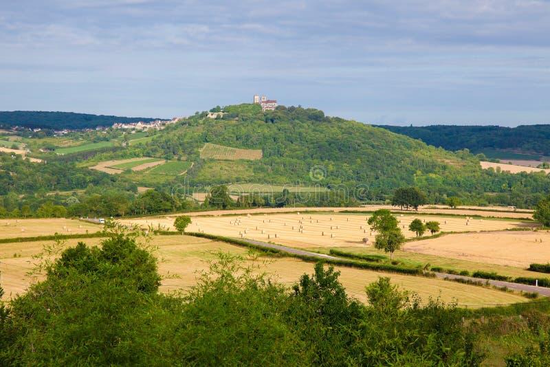 Download Semur-en-Auxois Bourgogne arkivfoto. Bild av medel, liggande - 37349040