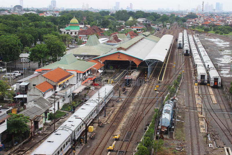 Semut火车站苏拉巴亚 免版税库存图片