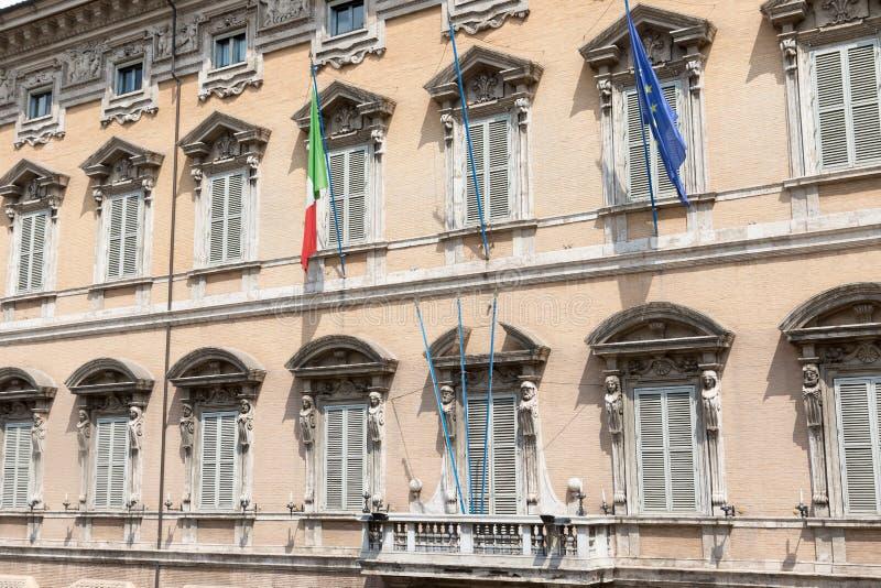 Senado do parlamento italiano Indicadores velhos bonitos em Roma (Italy) fotos de stock