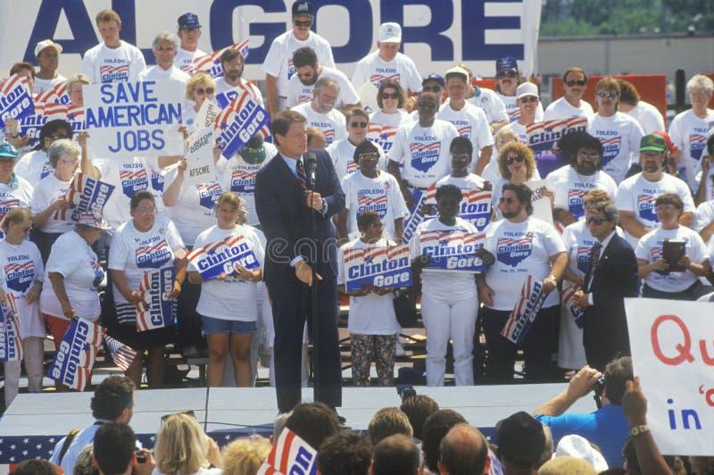 Senator Al Gore na Clinton, krwi Buscapade kampanii 1992 wycieczce turysycznej w Toledo/, Ohio zdjęcia stock