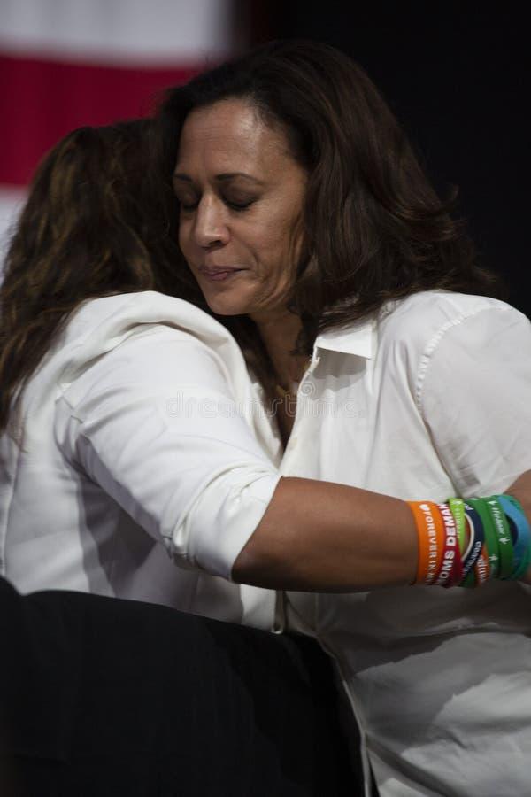 Senator Kamala Harris spreekt bij het Forum van de Kanonveiligheid, 8 Augustus, 2019 stock fotografie