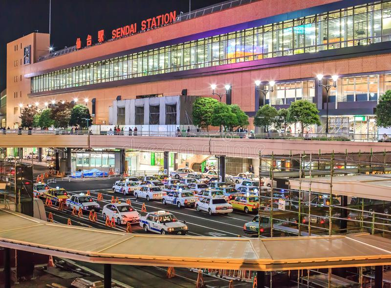 Sendai Station na noite - Sendai, Miyagi, Japão imagem de stock