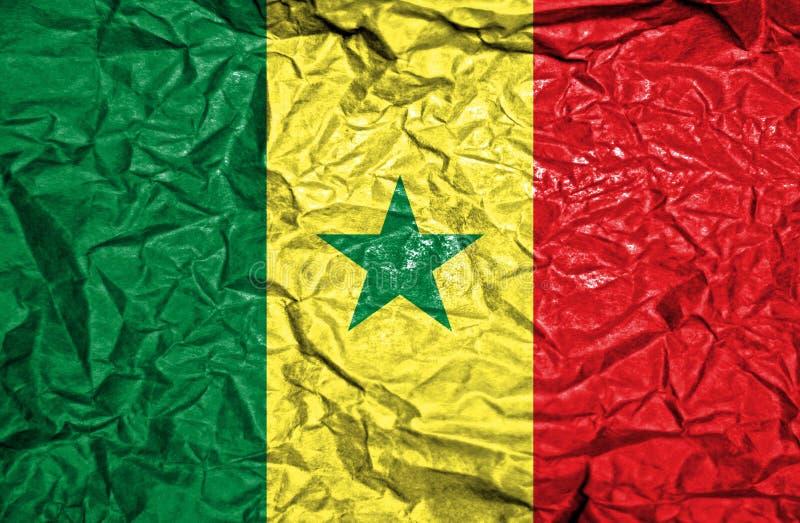Senegal-Weinleseflagge auf altem zerknittertem Papierhintergrund lizenzfreie stockbilder