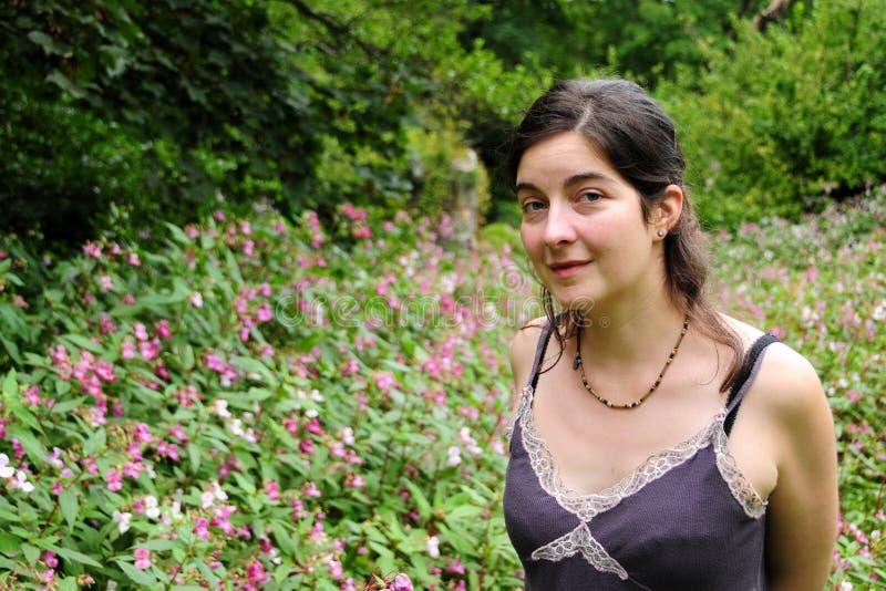 Senhora Com Flor imagens de stock royalty free