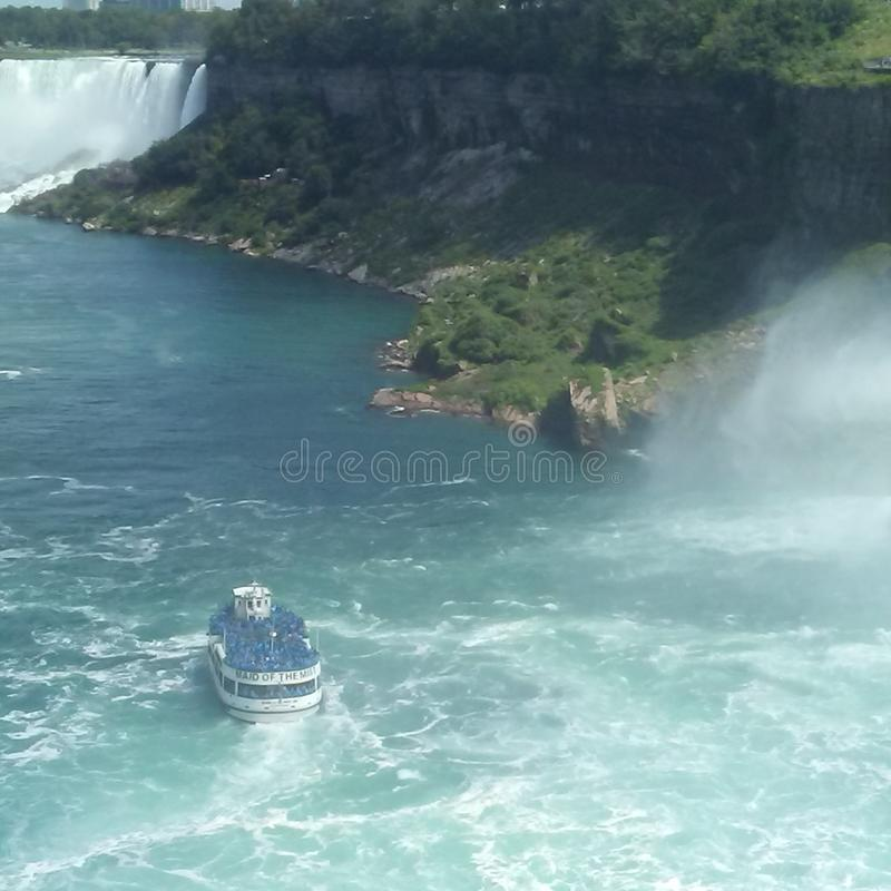 Senhora da névoa, Niagara Falls imagens de stock royalty free
