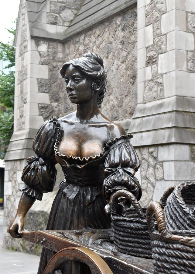 Senhora Molly Malone Statue imagem de stock