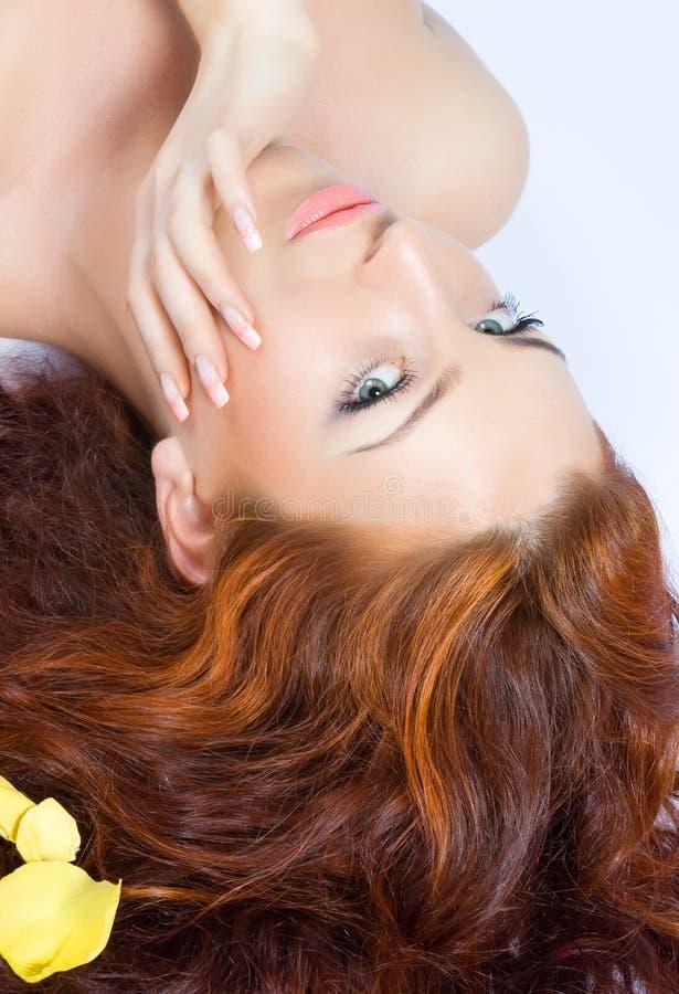 Senhora red-haired bonita do Close-up fotografia de stock