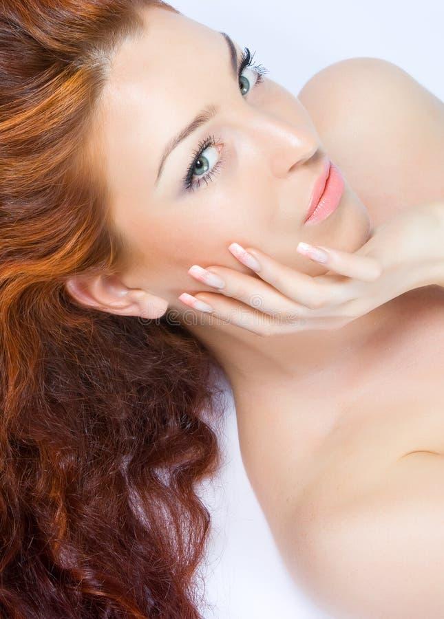 Senhora red-haired bonita do Close-up imagem de stock