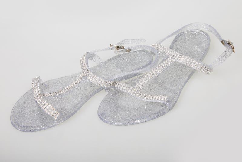 Senhoras Jelly Shoes curvada transparente imagens de stock royalty free