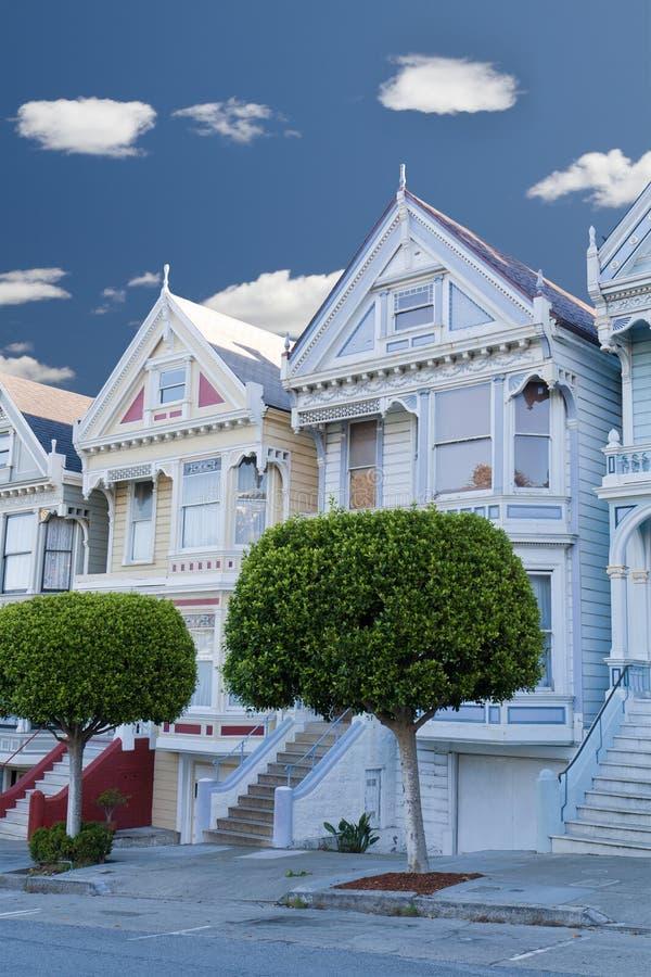 Senhoras pintadas: casas do victorian em San Francisco fotos de stock