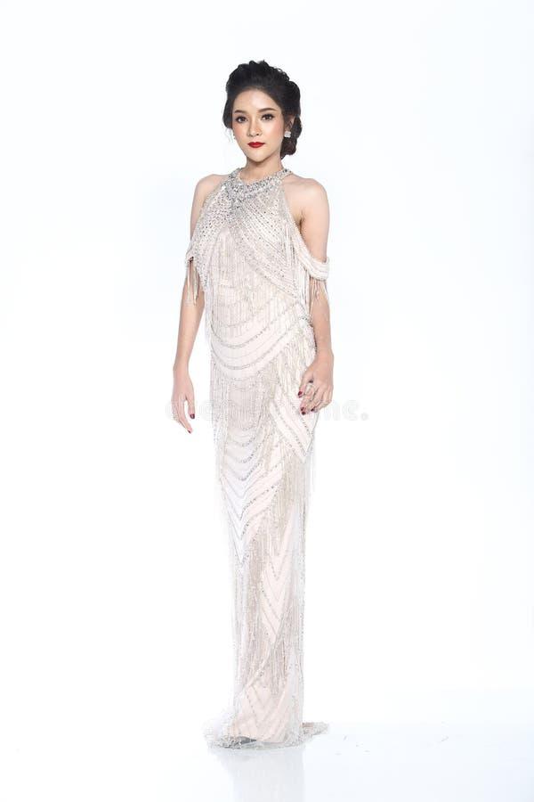 Senhorita Pageant Contest no vestido de bola longo do vestido de bola da noite com D foto de stock royalty free