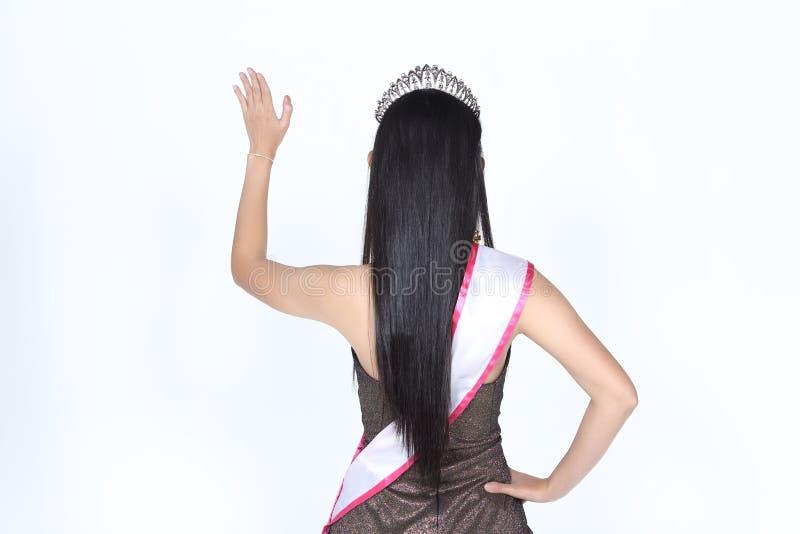Senhorita Pageant Contest no vestido de bola longo do vestido de bola da noite com D fotos de stock royalty free