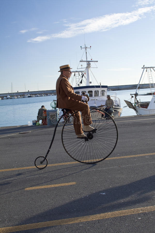 Download Senior And Old Cycle Cycling Through History Event Editorial Stock Photo - Image: 18464993
