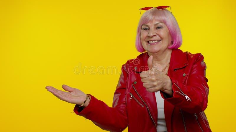 Pics old granny free Matureladylingeriestockingsslips's Blog