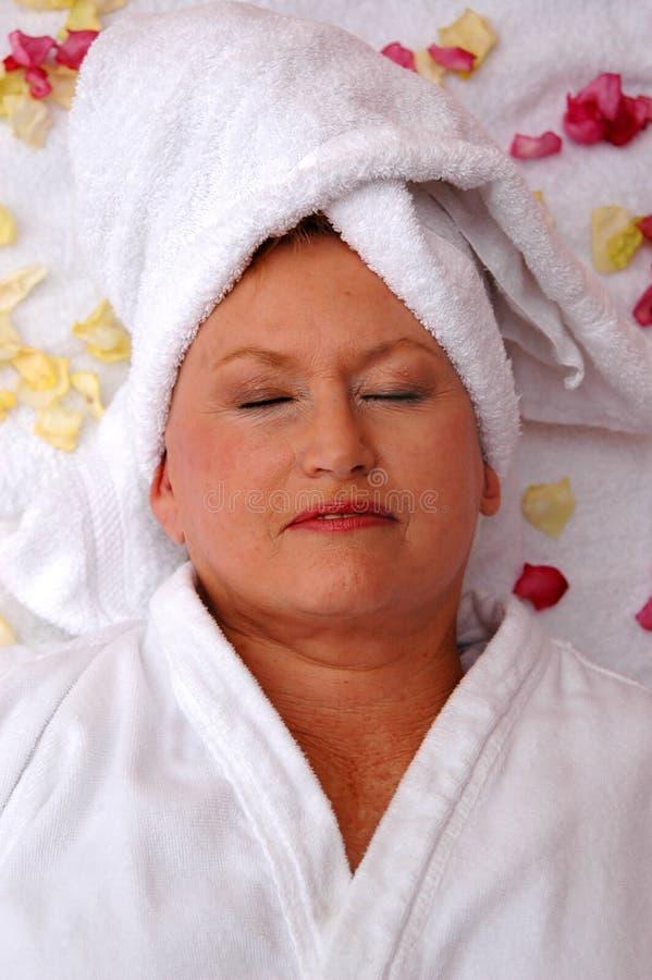 senior spa γυναίκα στοκ εικόνες