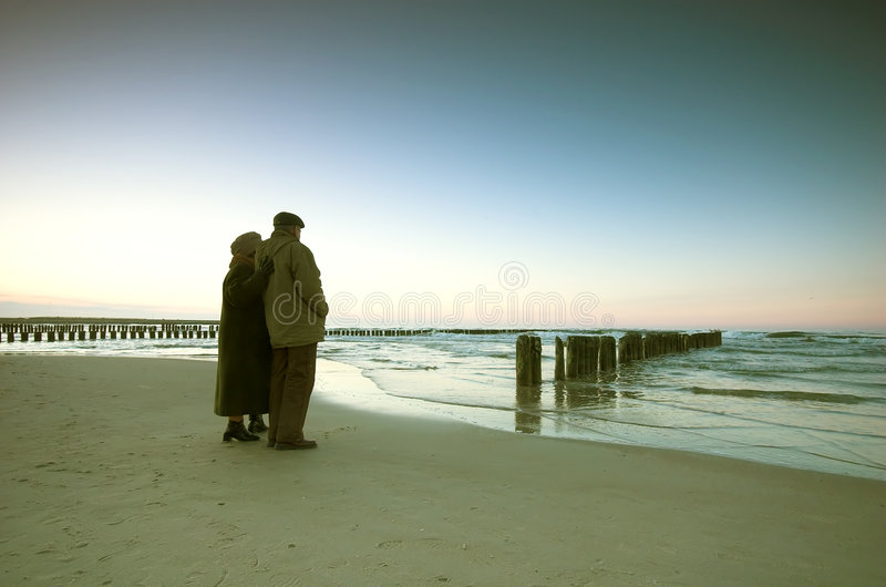 Seniors' love and ocean royalty free stock images
