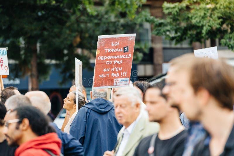 Seniory i youngs protestuje przeciw Macron prawu pracy obrazy royalty free