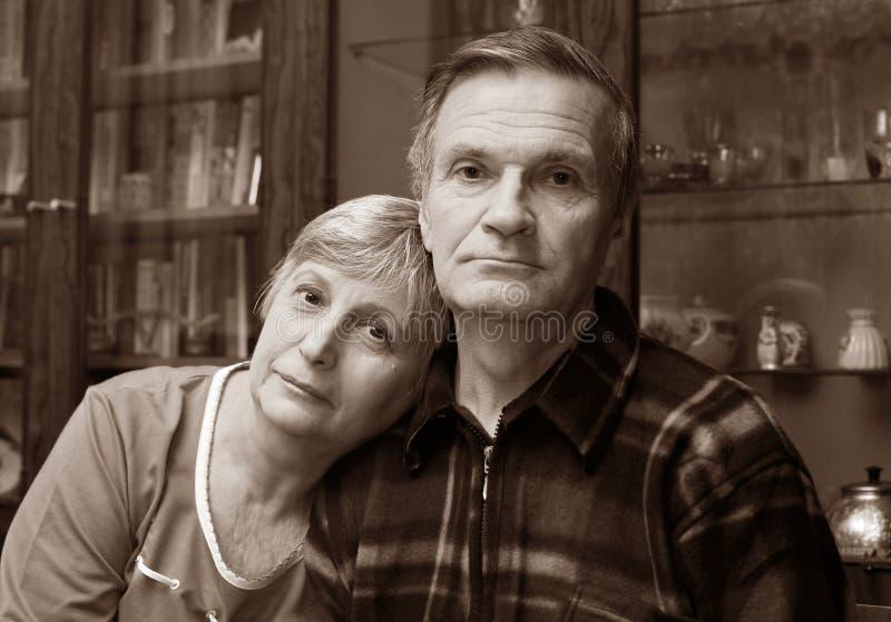 seniorzy miłości. obrazy royalty free