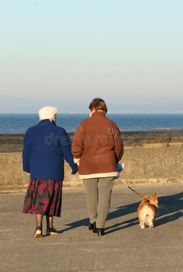 seniorzy odprężona fotografia stock