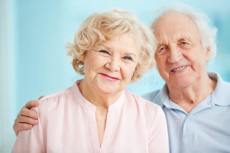 seniorzy szczęśliwi zdjęcia royalty free