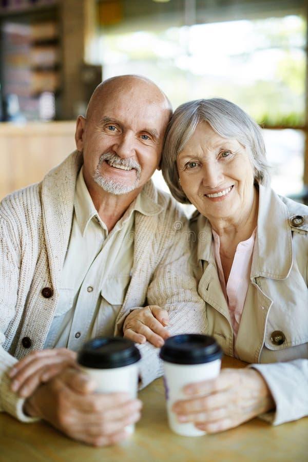 seniorzy szczęśliwi obrazy royalty free