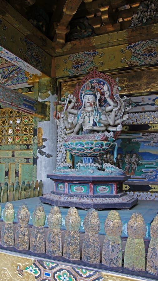 Senju Kannon staty av Kosanji Temple i Japan royaltyfri foto