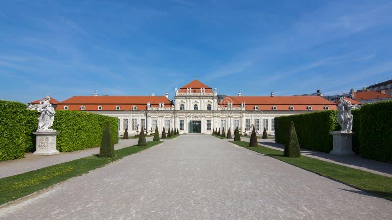 Senken Sie Belvedere-Palast, Wien, Österreich lizenzfreie stockfotos